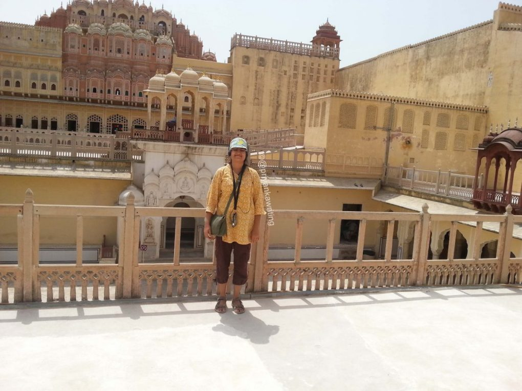 trip to jaipur essay My recent trip to pushkar in rajasthan was one of the best that was filled with colours, music, dance and smiles holi in pushkar was my major attraction.