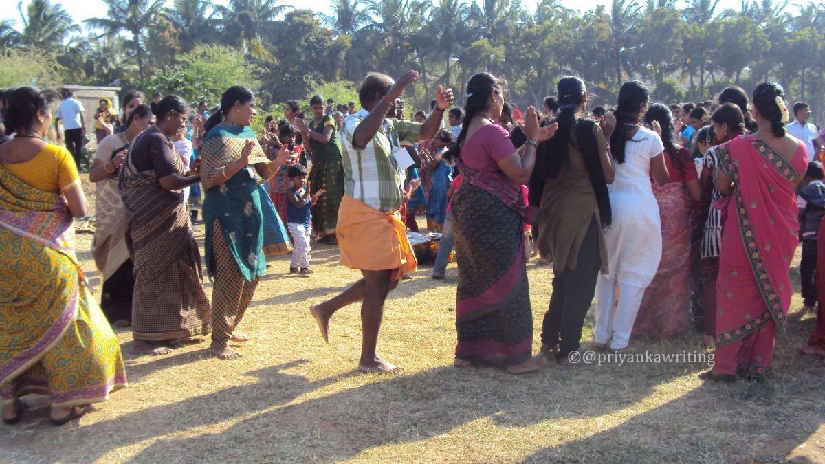 pongal festival essay for kids Holi: (short essay) holi is one of the famous festivals celebrated all over india and in other countries of south asia with great enthusiasm holi is a festival of colors and people spray colors on one another on this day.