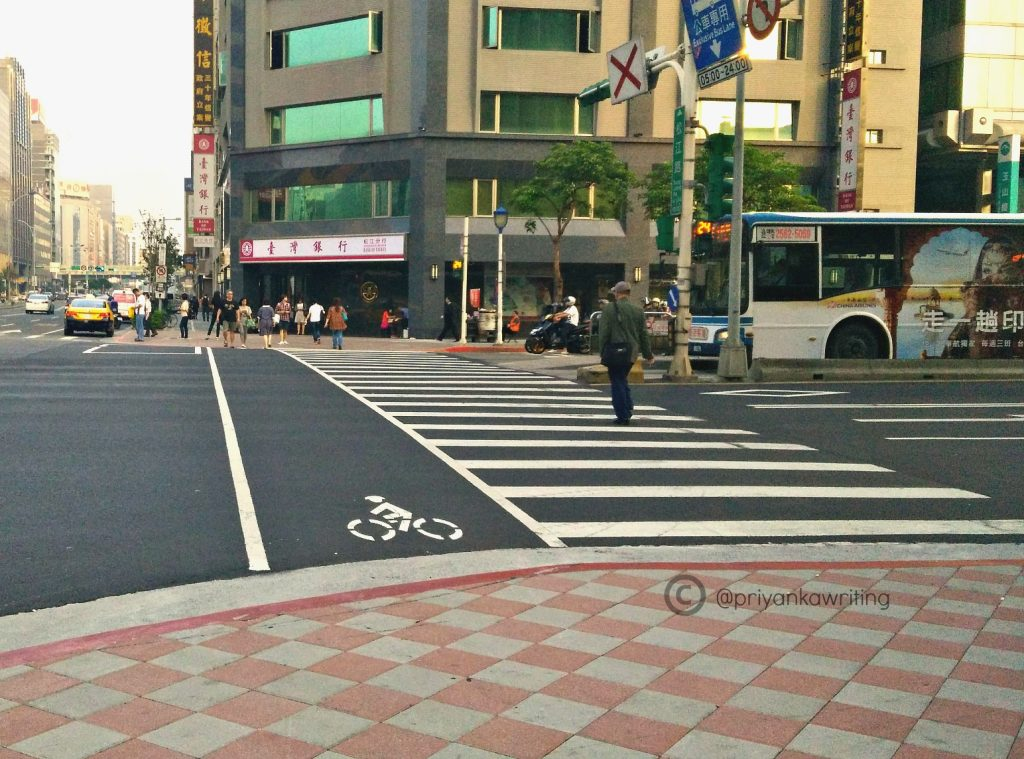 Taiwan Street Photography - Zebra Crossing